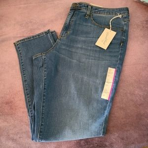 Universal thread  Women's 18 jeans